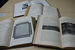 苫小牧高専に100年前の書物 真井...